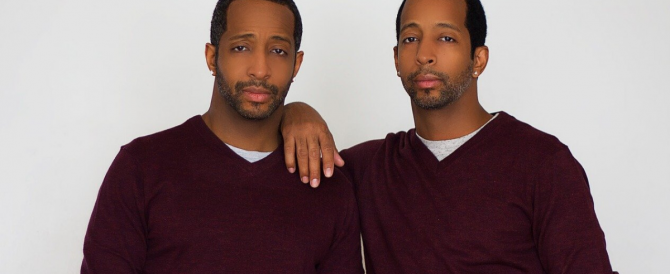 Surgeons transplant a testicle from one brother to his twin